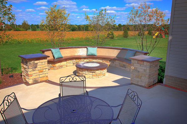 Custom built in seatbench surrounding gas firepit